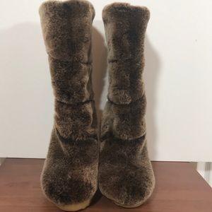 Tory Burch Fur boots NWOT